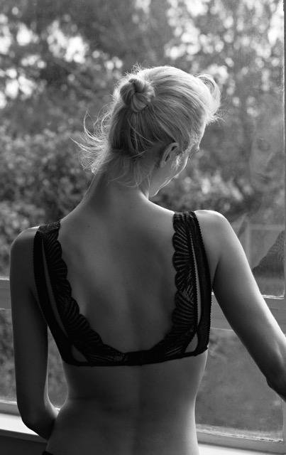oysho_aw16_lingerie_aymeline_valade_9_8627_m